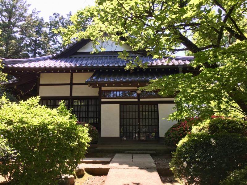 日本家屋と庭
