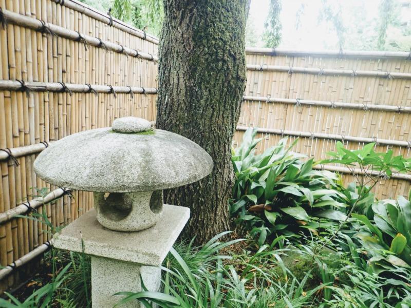 庭にある竹垣