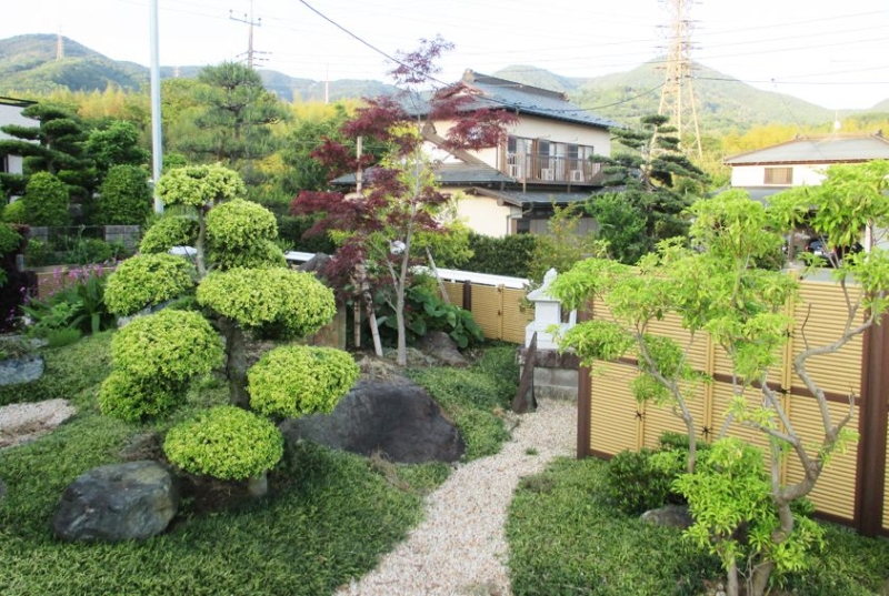 お庭づくり