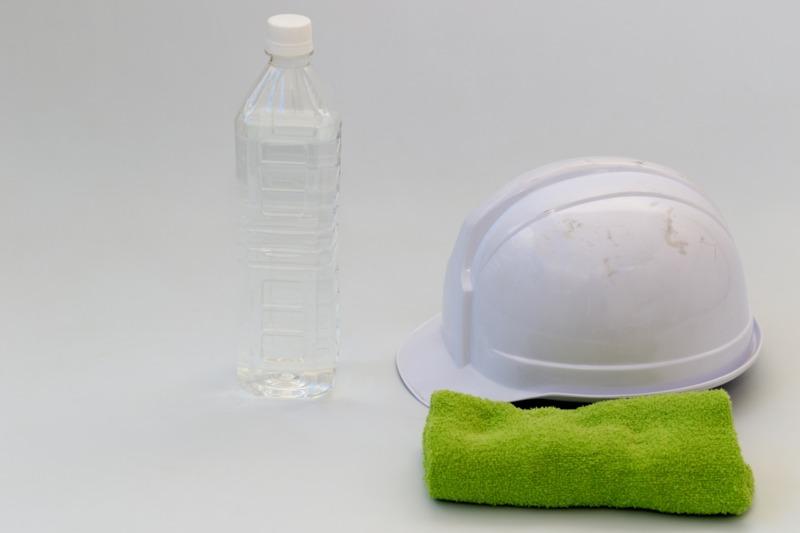 水分補給とヘルメット